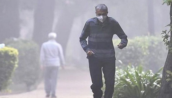 Farm fires push Delhi-NCR's pollution to severe category