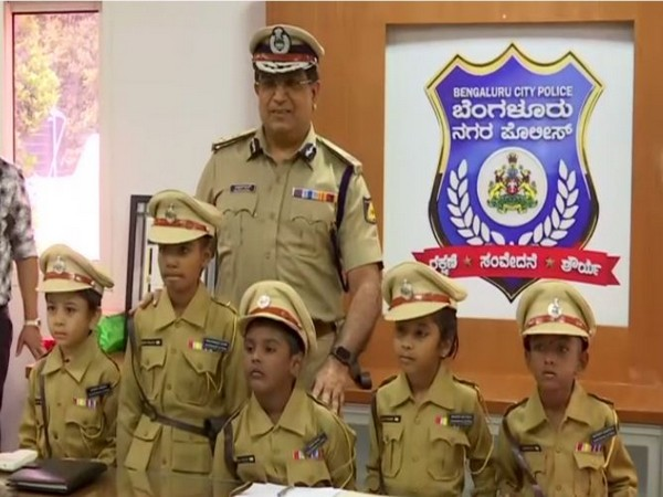 Citys top cop : Five children took Charge as a cop for a day