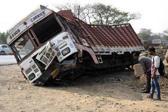 Farmer, daughter killed after speeding truck hits buffalo cart in UP