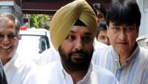 Four-time Cong MLA Sawhney joins Aam Aadmi Party