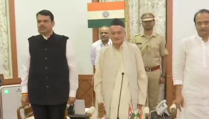 Maharashtra: Devendra Fadnavis Takes Oath As Chief Minister