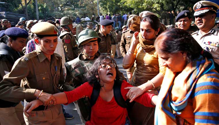 Opposition members condemn police action against JNU students