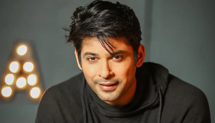 Before entering Bigg Boss house, Siddharth Shukla dated these actresses