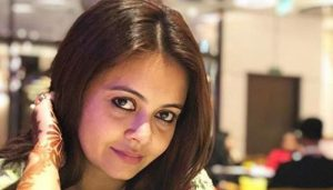 BB13: Devoleena's mother responds to reports of her quitting the show