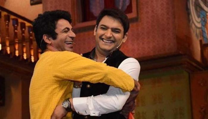 Is this the end of tiff between two Comedians?; Kapil, Sunil hug it out!