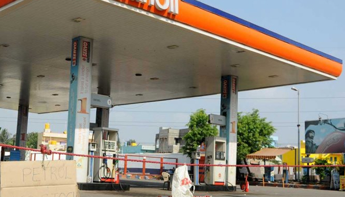 To decongest roads in UP, no new petrol pumps on highways, main roads