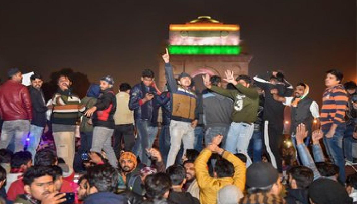 Tension prevails in Jamia area, normal life affected