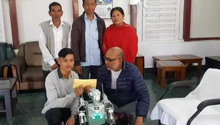 Manipur youth develops humanoid robot that can communicate
