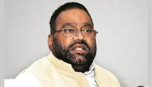 UP min hands over ex-gratia payment of Rs 25 L to Unnao victim's father