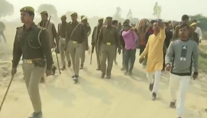 Mortal remains of Unnao rape victim being taken for last rites