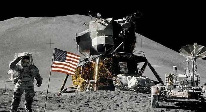 What Fate the US flag met that marked human-footprints on Moon?
