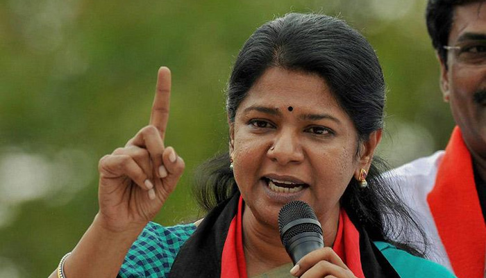 DMK leader Kanimozhi visits JNU, says will fight for students