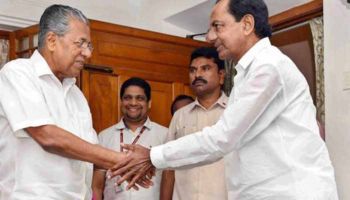 Kerala CM writes to 11 Chief Ministers on CAA, urges to save constitution