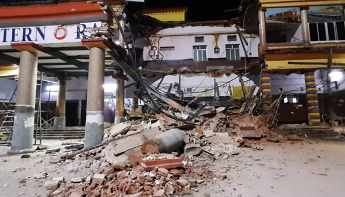 Bardhaman station building collapse: One injured dies