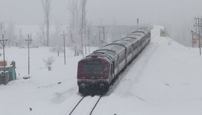 Kashmir to get connected with rest of India through rail by Dec 2021