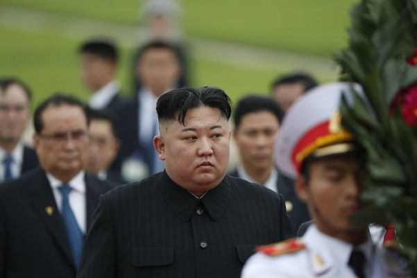 Kim Jong Un in first appearance in weeks as coronavirus rages next door