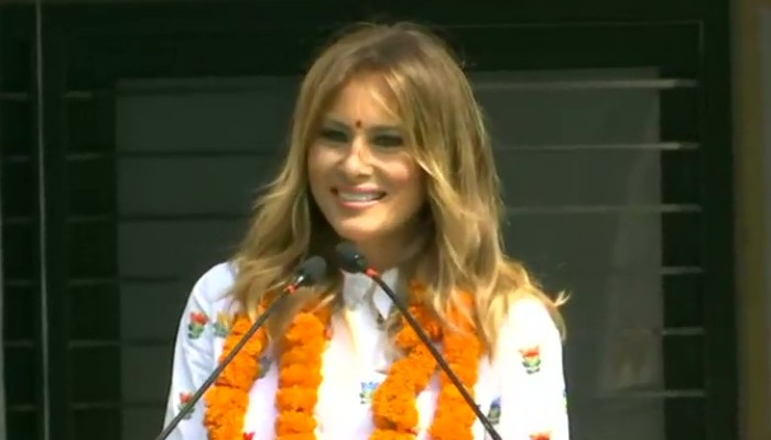 Live: Cutest Welcome of Melania Trump in Happiness Class