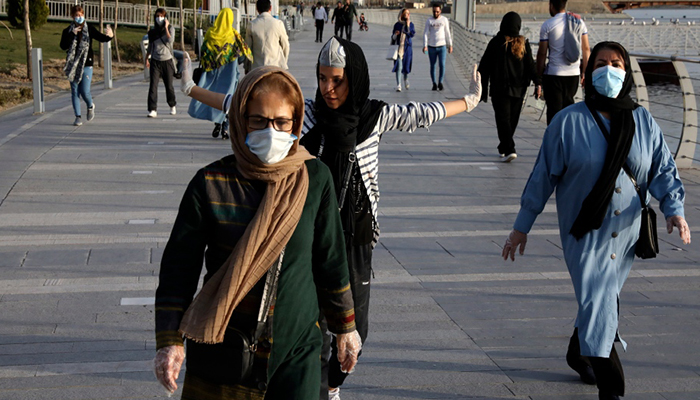 Iran reports 129 new virus deaths, taking total to 853