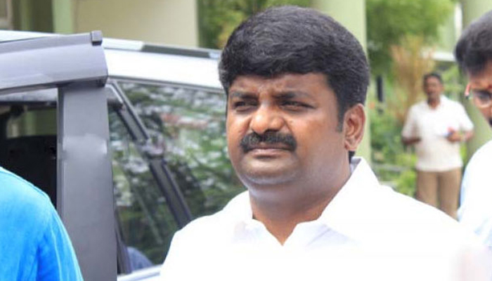 Dont travel to neighbouring states unless necessary, Tamil Nadu Health Minister