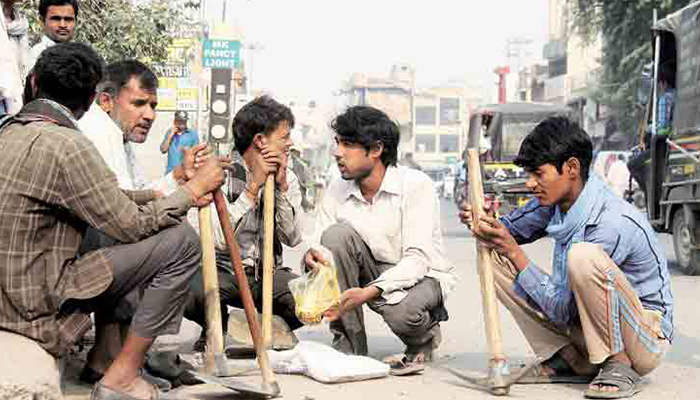 COVID-19 Lockdown: Over 4.8 lakh daily wagers get Rs 1,000 financial assistance from UP govt