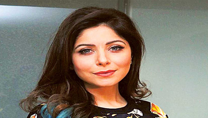 Singer Kanika Kapoor gets a police notice to record Statement