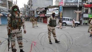 Restrictions continue in Kashmir; Curbs relaxed in some peaceful areas