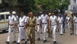 Unhappy over deployment in COVID-19 containment zones, 500 Kolkata Police personnel stage protest