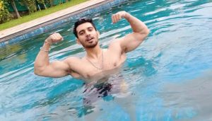 Anmol Gugnani: His Fitness journey to Charming looks!