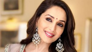 Birthday Special: 'Madhuri Dixit',The dancing Diva of Bollywood and Queen of hearts