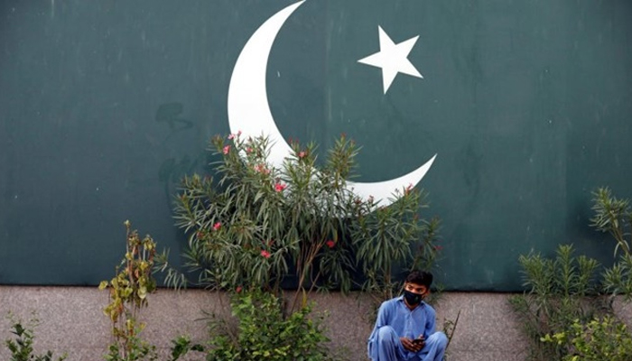 Pakistan reports 4,896 infections, COVID-19 death toll at 1,838