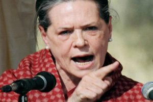 Sonia Gandhi demands Govt to roll back the increase in Fuel price