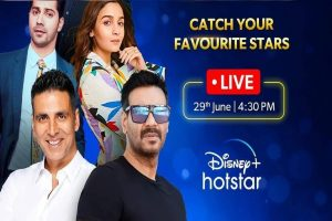 Catch LIVE These Superstars at 'Bollywood Ki Home Delivery'