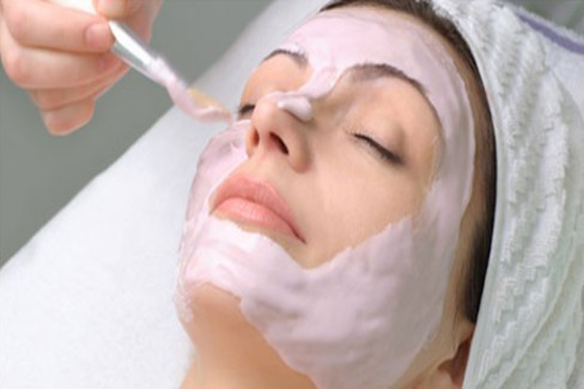 Need Facial? Make Your Own Pearl Facial Pack At Home