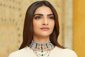 Sonam Kapoor On Twitter: 'My privilege not an insult'