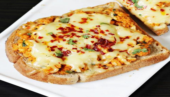 Breakfast Option: Begin Your Week With Delicious Chilli Cheese Toasts