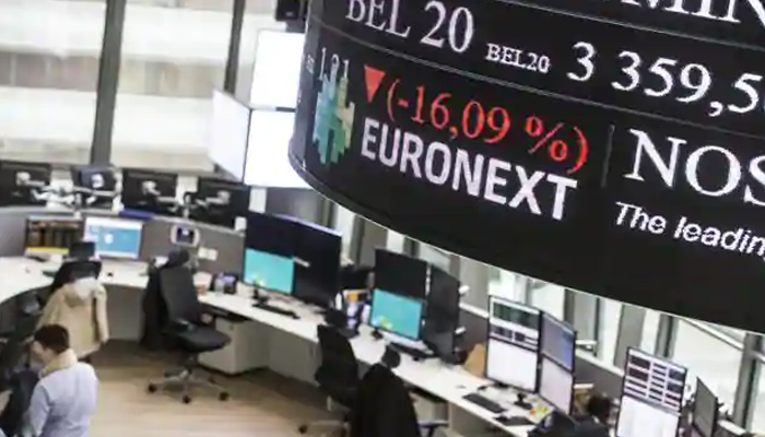 Global shares mixed as China-US tensions cast shadow