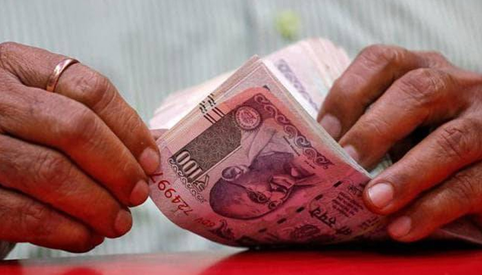 Rupee rises 11 paise to 74.64 against US dollar in early trade