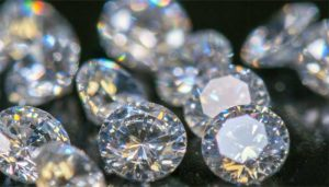 Useful Tips to Pick A Right Diamond For Yourself