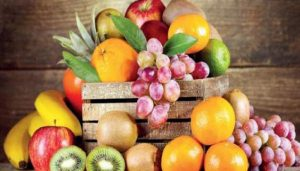 This Monsoon Lead a Healthy Life With These Seasonal Fruits