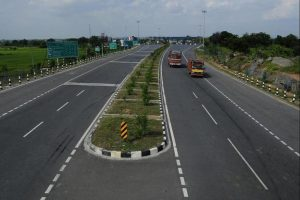 India to ban Chinese investors from highway projects