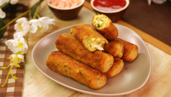 Cravings For Chatpata Snack? Try this Super Easy Aloo Cheese Fingers
