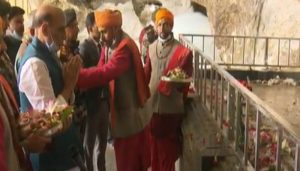 Defence Minister Rajnath Singh visits Amarnath Temple