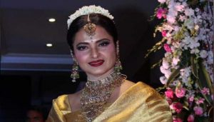 B'day Special: Why fans still call Rekha 'The Real Diva of Bollywood'?