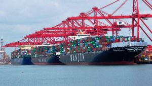 Colombo Port workers in Sri Lanka stop work against privatisation of ECT