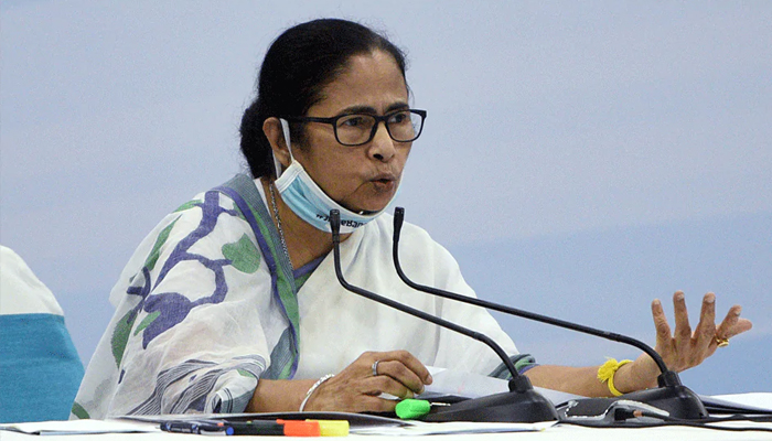 'BJP should be rechristened Bharat Jalao Party': Mamata Banerjee at public rally