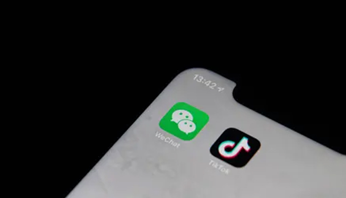 Trump signs executive orders banning Chinese apps TikTok & WeChat; cites Indias action