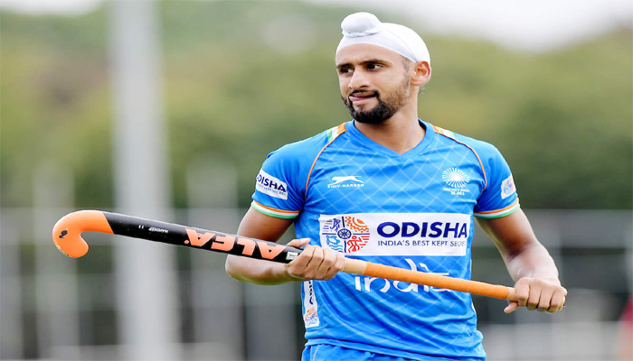 Ahead of National Camp,Hockey Player Mandeep Singh Tests Positive For COVID-19