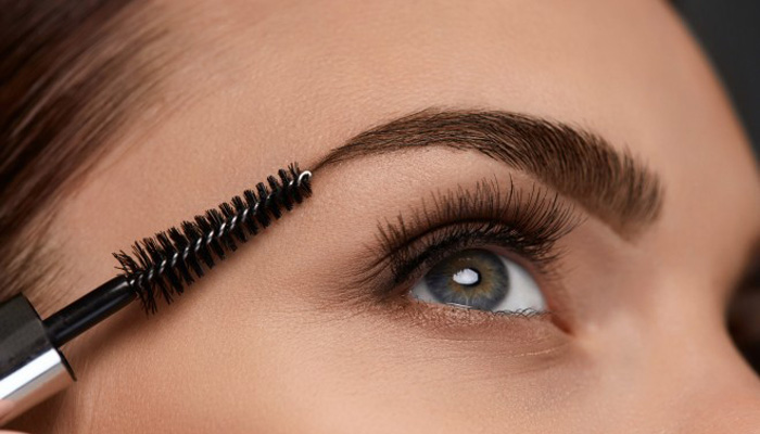 Make Your Eyebrows Look Thick with these Simple DIY Tips