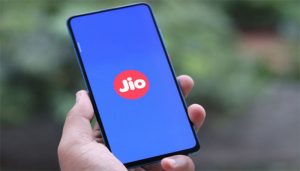Jio launches Special Cricket Plan just before IPL; Here are the details
