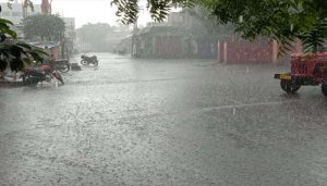 Heavy Rain and Thunderstorm in North India; IMD issues Alert